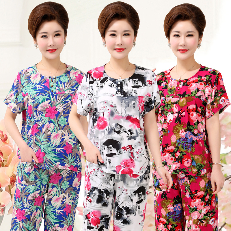 Middle and old summer thin mom suit cotton silk old lady pajamas old man clothes Grandma short sleeved pants