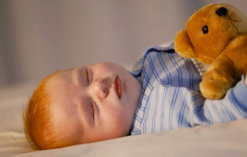 让宝宝安心睡觉的3大步骤,少一步都不行