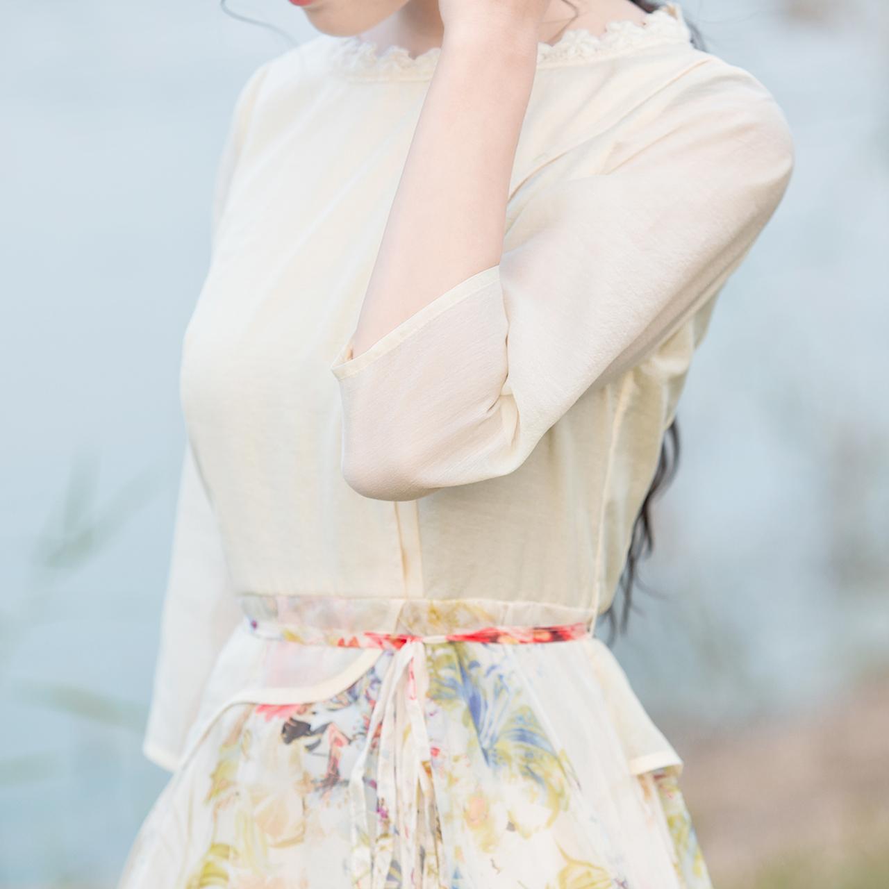 Pháo hoa sd mùa hè 2018 mới phụ nữ in voan ôm tay áo dài tay áo đầm