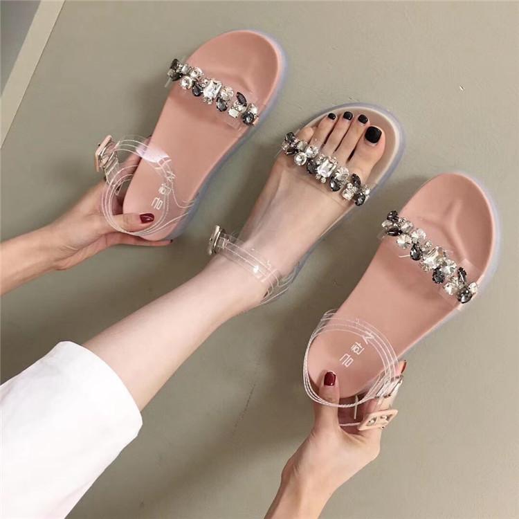 一字型水钻厚度凉鞋女2019夏季水晶果冻平底休闲鞋搭扣露趾平跟鞋