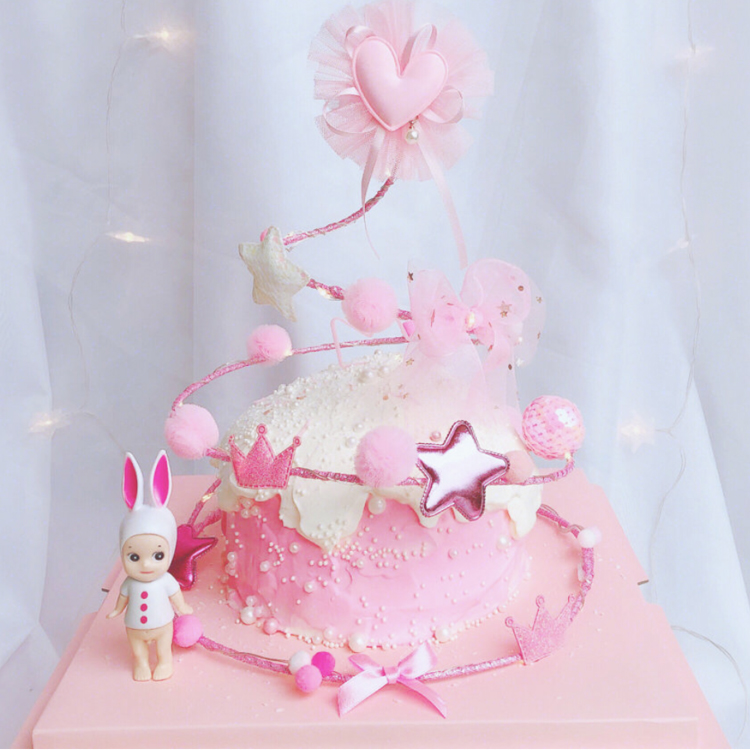 甜品铁丝心少女装饰圈圈毛球摆件圣诞树可爱蛋糕摆件兔子台粉色