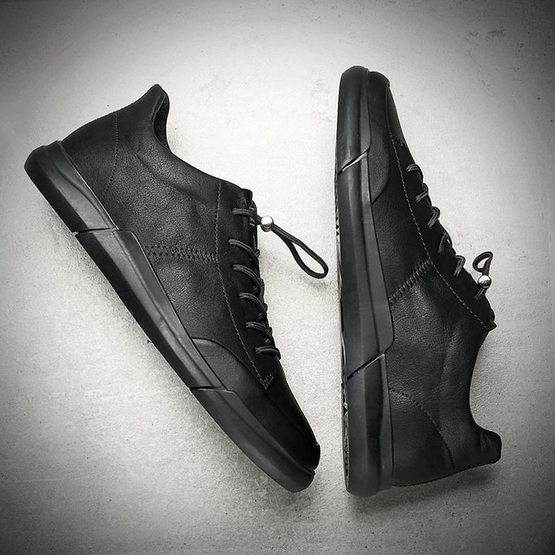 黑色秋季潮鞋2020新款男鞋男韩版皮鞋板鞋潮流休闲鞋百搭男士鞋子