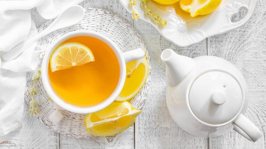 工作繁忙脑力下线,沁爽柠檬茶来拯救你!8