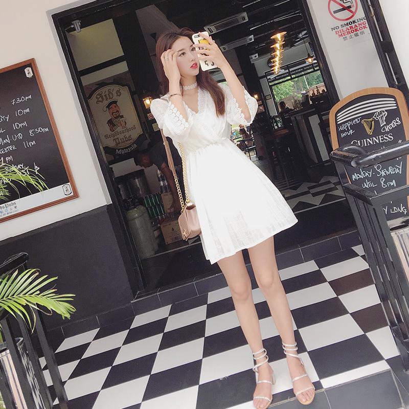 两件套裙子白修身显瘦打底收腰性感蕾丝刺绣V领连衣裙女短裙