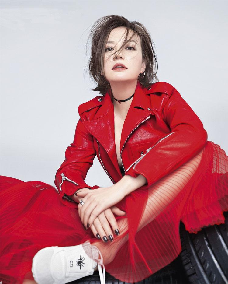Локомотив кожанный женская одежда красный два цвет D домой чжао чистоуст японский лю жировик ифэй такой же, как у звезды натуральная кожа краткое модель кожа куртка