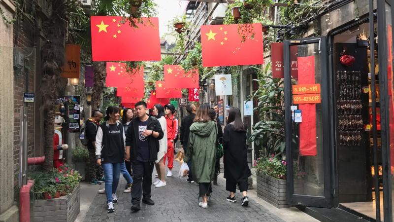 面对不断升级的贸易战,中国的最佳选择是等待,因其经济主要受到国内驱动