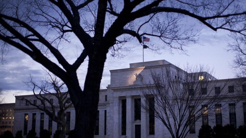 穆迪经济学家:如果美联储不降息,我们会看到市场崩溃