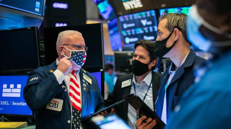 尽管美债收益率急升,股市暂时失去上新动力,但部分投资者认为目前的收益率还不构成威胁