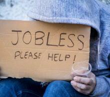 美国初请失业人人数:截至5月25日当周录得21.5万人,高于预期及前值,前值上修0.1万人。数据利空!