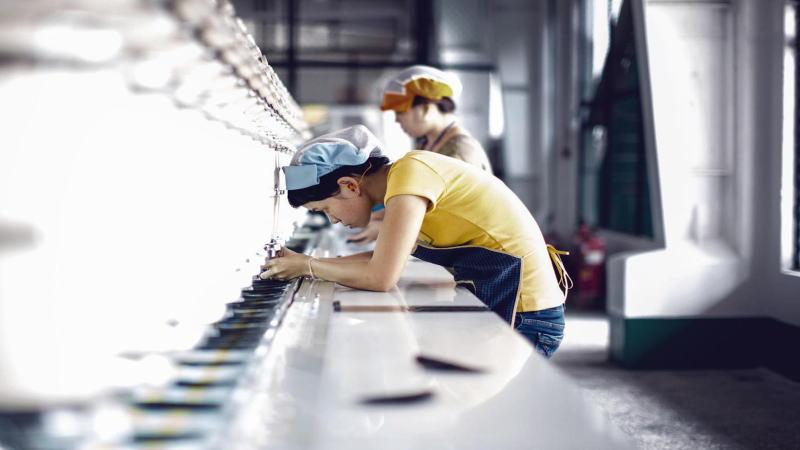 中国官方制造业PMI扔处于扩张区间,但低于前两个月水平
