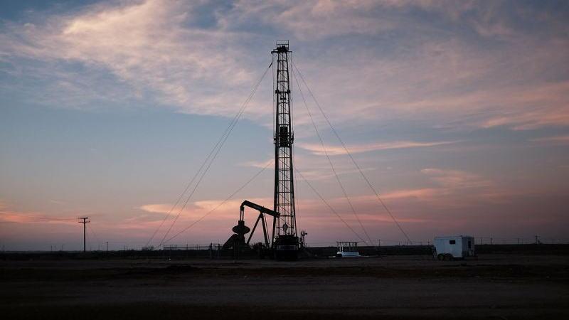 美国石油钻井连续5周和3个月录得增长,二叠纪钻井飙升9台,数据利空!