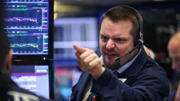 为什么过去几个月以来股市与油市同向发展?