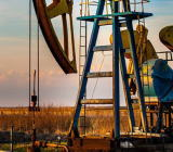 油价上涨增加了产油国的利润。国际货币基金组织(IMF)在其2018年预测更新中上调了前10大产油国中6大产油国的经济增长前景,并将今明两年全球贸易量...