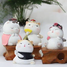 Palace cat office ornaments small ornaments girls desktop presents to teachers birthday creativity students boys