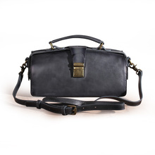 Xunlie 2019 new top layer cowhide single shoulder women's bag Doctor Bag temperament handbag can be slanted backpack leather Europe and America