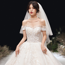 One shoulder main wedding dress 2019 new bridal dress small, light, super fairy dream, winter heavy industry luxury