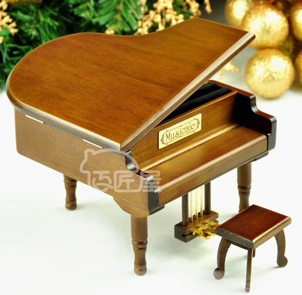 Музыкальная шкатулка Artisan's house m04j