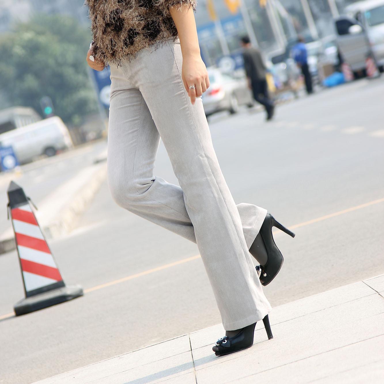 2014秋冬新款韩版女裤弹力显瘦修身提臀灯芯绒微喇裤 加长加大码