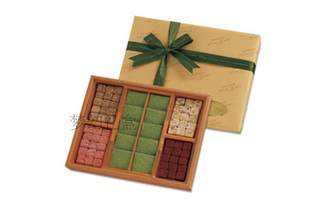 Pack-and-mail imported handmade s--- four seasons of color scuppera/ 4 kinds of raw chocolate exquisite birthday lover gift box