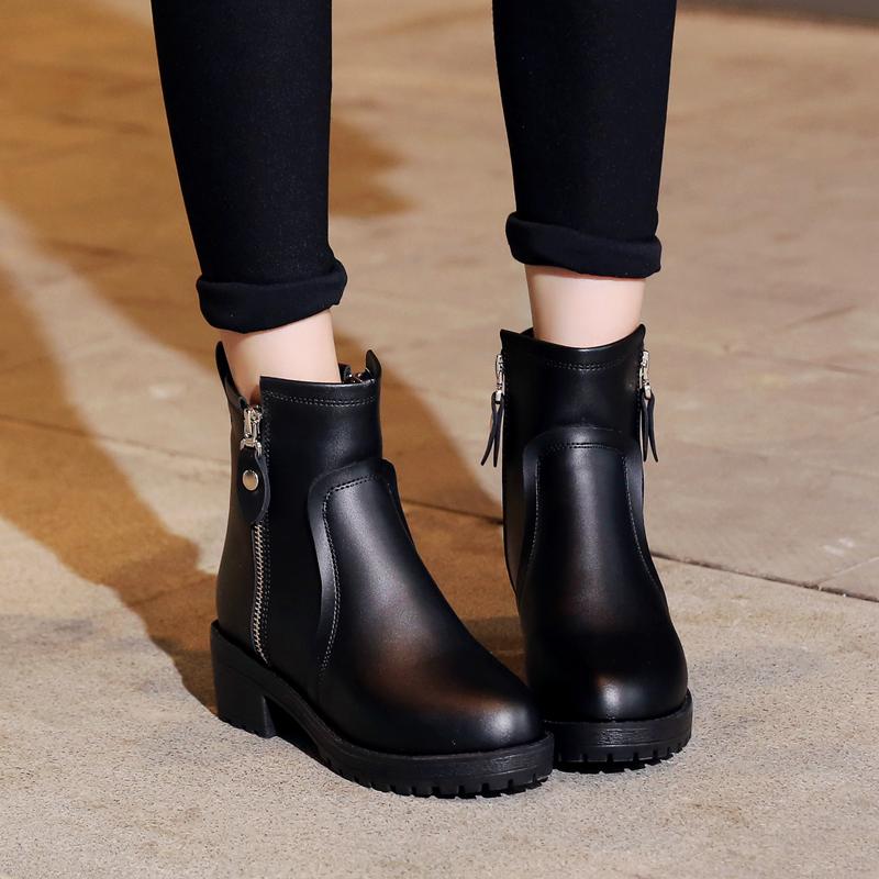 大丫丫大码女鞋40-43新款春款短靴大号牛皮平跟简约女单靴53380