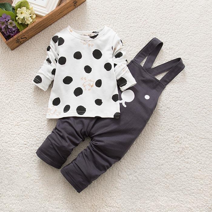 0-3岁男宝宝背带裤套装5八7六9个月婴儿纯棉开档连体衣女童外出服