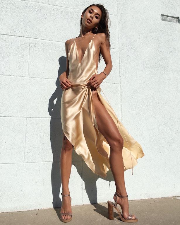 速卖通新款纯色晚礼服女两边侧高开叉绸缎连衣裙大露背吊带长裙