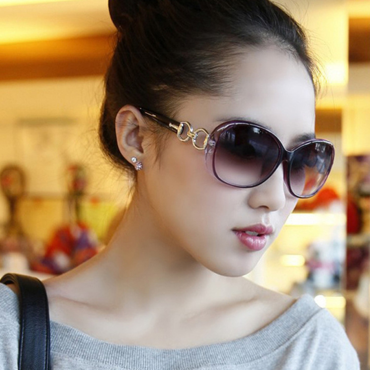 2018 new fashion sunglasses female tide Europe and the United States retro  personality comfortable shopping round face sunglasses frog mirror c3ff79651941