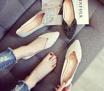 平底鞋也能让你美爆这个夏天