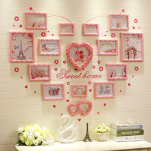 European heart-shaped photo wall solid wood living room bedroom warm girl decoration ins background wall creative picture frame combination