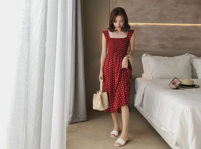 红色连衣裙,气场能赢红毯女星 服装 第4张
