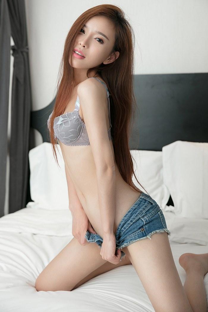 福利美图_御姐艾小青真空上阵白嫩翘臀迷晕你