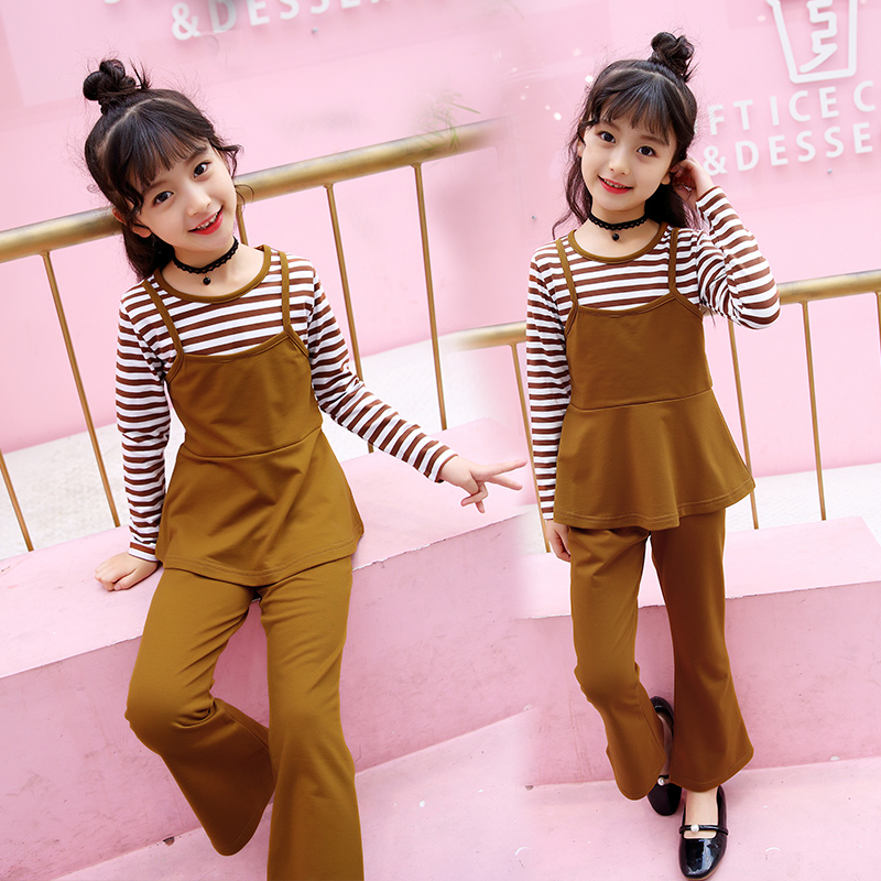 6fe701b3a59c Children s clothing girls spring suit 2019 new large Children Korean version  of the little girl long-sleeved flared pants Western style two-piece suit