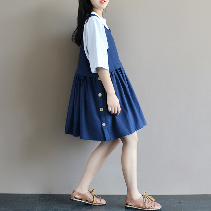 清新日系宽松大码背心连衣裙