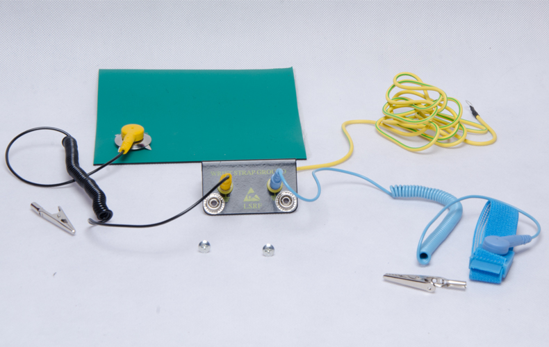 Anti static table mat table mat repair station anti static rubber anti static table mat table mat repair station anti static rubber work table 2mm3mm5mm blue green high temperature greentooth Gallery