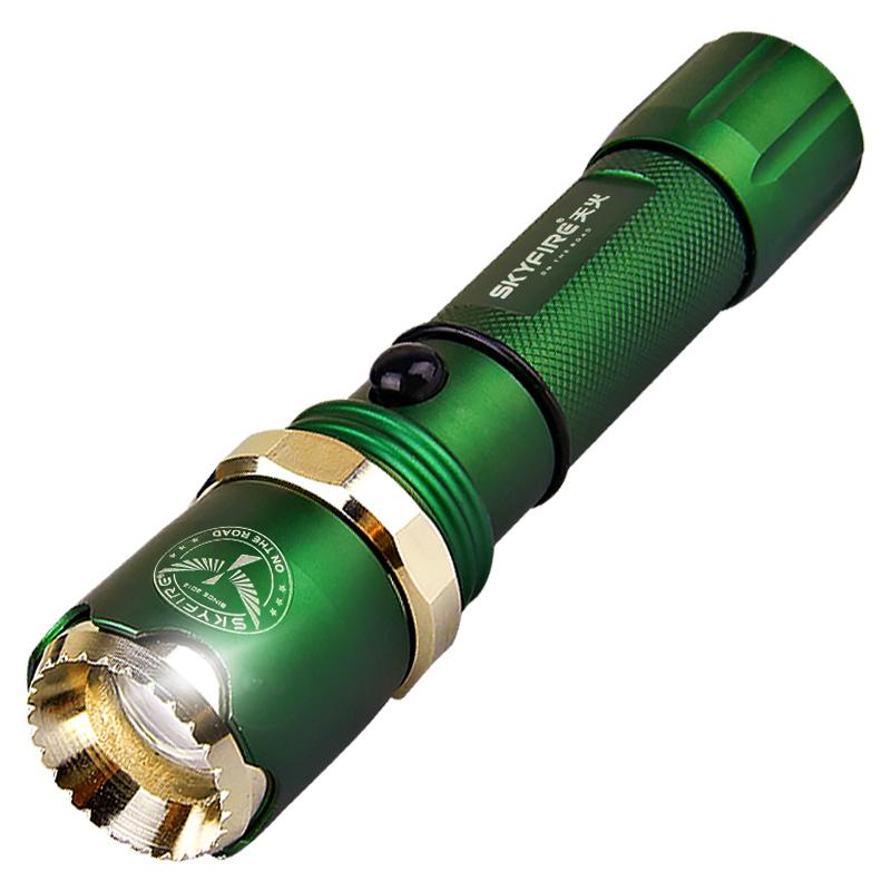 天火LED强光手电筒 远射5000超亮变焦 可充电