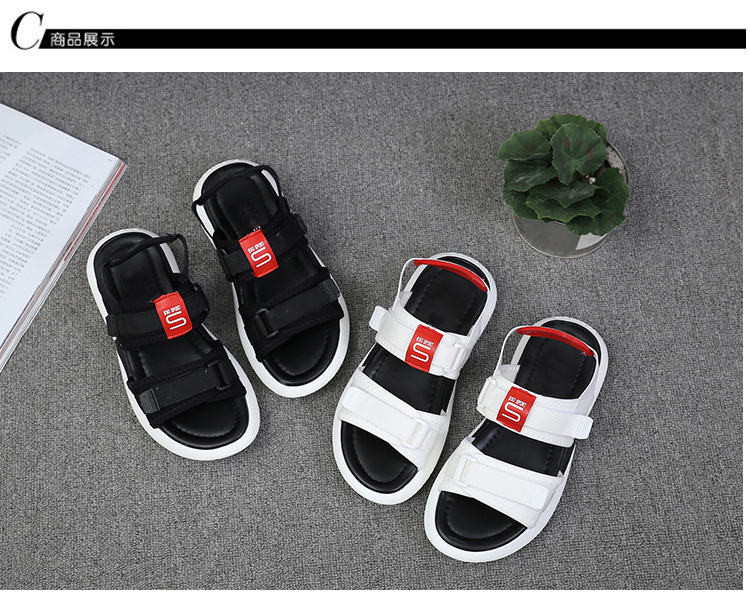 Summer 2018 new flat sandals female students wild magic stickers casual shoes. 76