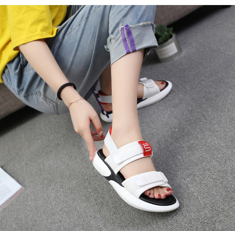 Summer 2018 new flat sandals female students wild magic stickers casual shoes. 61