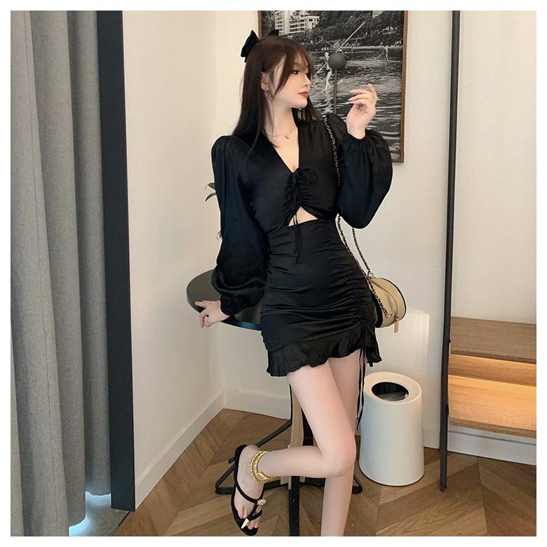 韓國東大門女裝~苗小暗黑系女心機露腰性感連身短裙子洋裝設計感夏赫本風氣質顯瘦2027