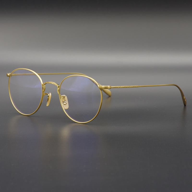 46983a86189 Japanese gold edge carved small art glasses round ultra-light pure titanium  ultra-light retro frame men and women tide thin face