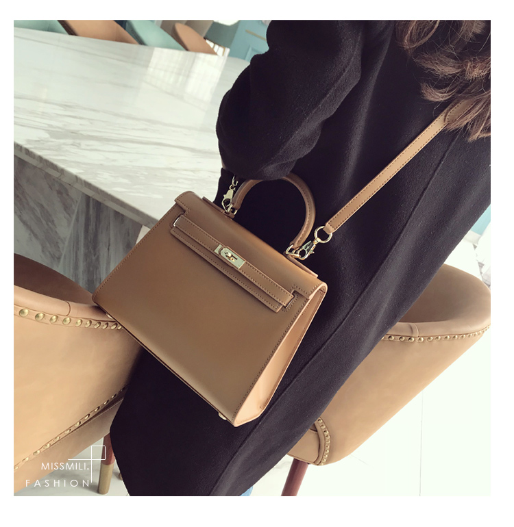 Accessory - Sac Kelly en Cuir Box