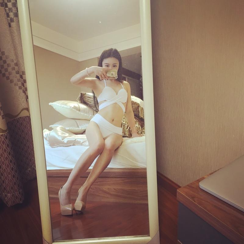 艾尼芙瑞钩花镂空白色比基尼三件套外罩衫度假沙滩裙外搭蕾丝防晒