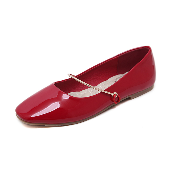 Mary jane shoes in red