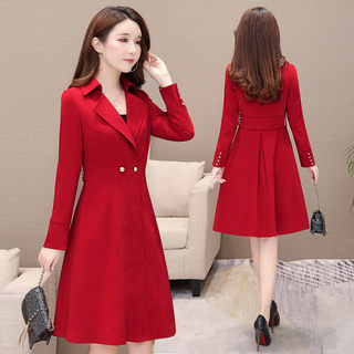 Spring women's 2021 new Korean version of the red coat is popular in the long section waist and thin knee windbreaker