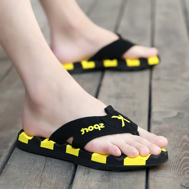 Summer flip flops men's personality wear beach shoes summer outdoor soft bottom non-slip sandals and slippers male tide fashion