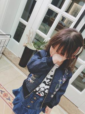 童装春秋新款牛仔夹克上衣 女宝宝潮流时尚刺绣花纹牛仔外套