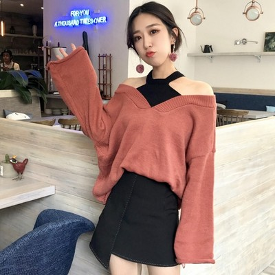 2017 autumn new loose hanging neck fight color knit shirt long-sleeved fake two-piece shirt off shoulder pullover women's sweater