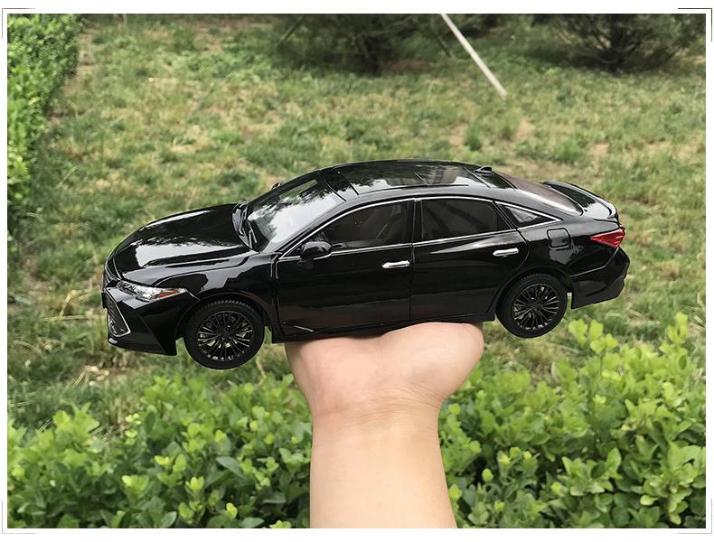 Xe mô hình Toyota Asia Dragon AVALON tỉ lệ 1:18 - ảnh 5