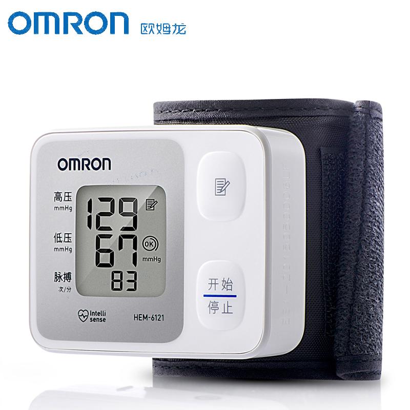 欧姆龙电子血压计HEM-6121 全自动家用老人手腕式血压仪准确测量_天猫超市优惠券