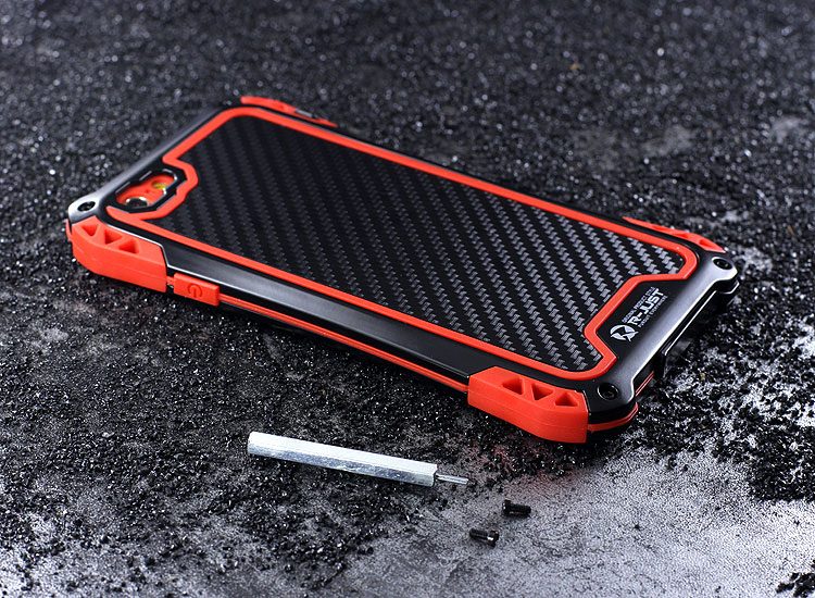 R-JUST Amira Heavy Duty Dirtproof Shockproof Rainproof Aluminum Metal Bumper Carbon Fiber Back Cover Case for Apple iPhone 6S/6 & iPhone 6S Plus/6 Plus & iPhone SE/5S/5