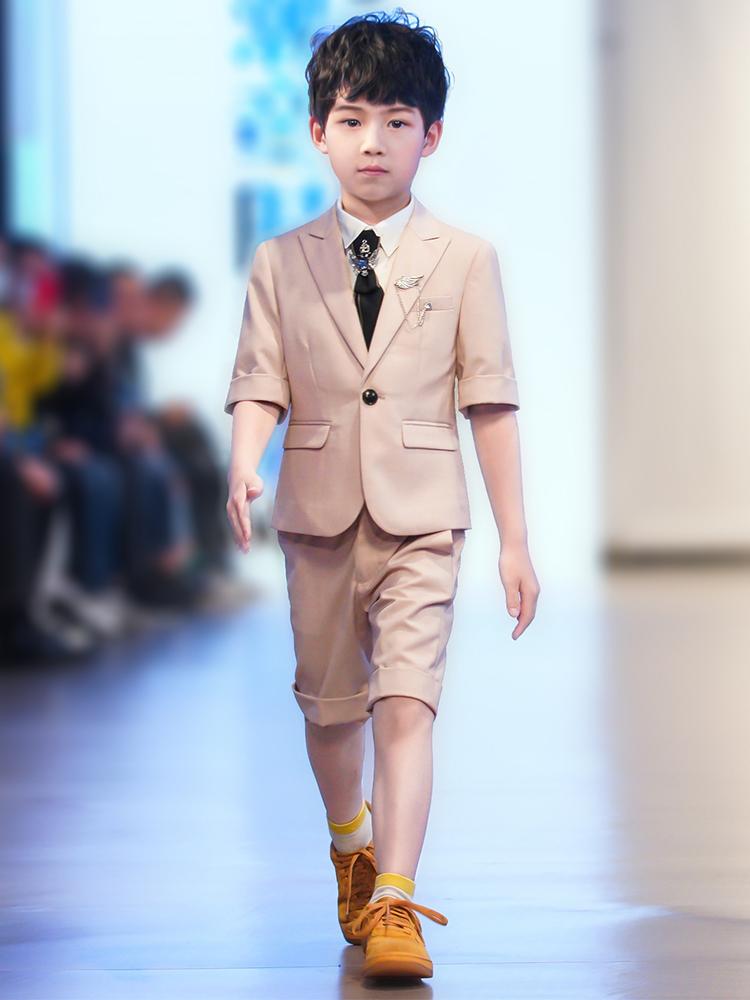 Children's suit suit Boys summer short-sleeved flower girl dress Male host piano performance suit Catwalk suit